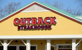 Outback Steakhouse to move up to 100 restaurants to better locations