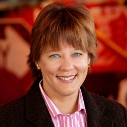 Growing Huddle House Appoints Seasoned Brand Builder, Alison Delaney, as Chief Marketing Officer