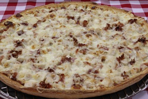 Aurelio's Pizza Launches Chicken Bacon Ranch Pizza and the Chicken Fajita Pizza