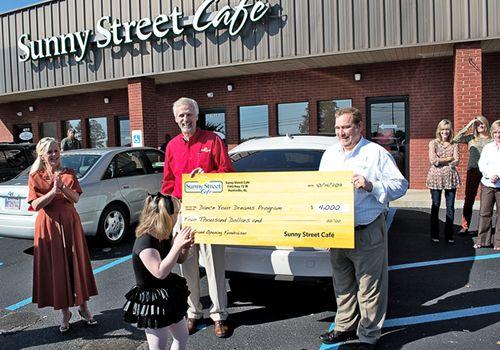 Sunny Street Cafe Celebrates Grand Opening in Alabama