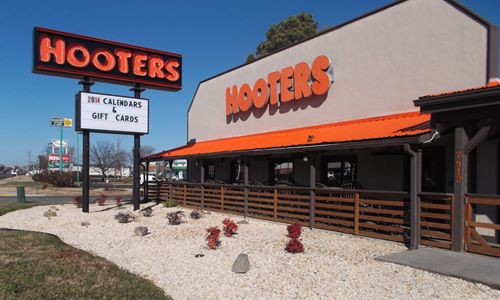 Hooters Brings New  Contemporary Design to Three Remodeled Richmond    Hooters Restaurant Building