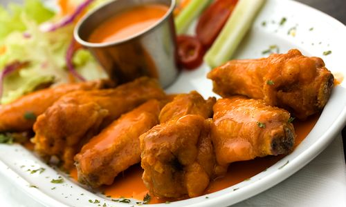 Americans-to-Eat-1-25-Billion-Chicken-Wings-for-Super-Bowl