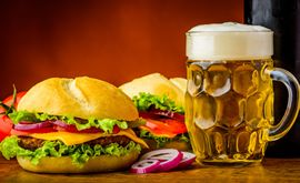 Fast Food Restaurants Rushing To Offer Booze
