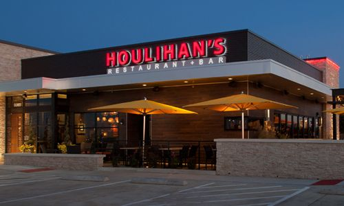 Houlihan S Steps Up Franchise Expansion Plans With New