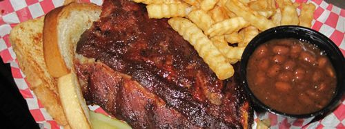 """""""Bang Good"""" BBQ is offered at SharpShooter Pit and Grill in St. Louis"""