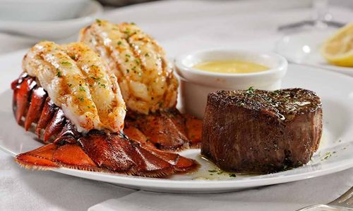 Celebrate Mom By Creating Sizzling Memories Around The Table At Ruth's Chris Steak House