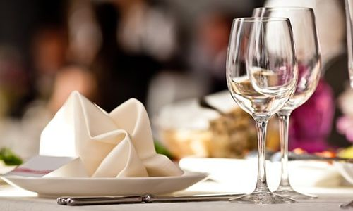 10 Ways to Cross Promote your Restaurant for Increased Brand Recognition and Patronage