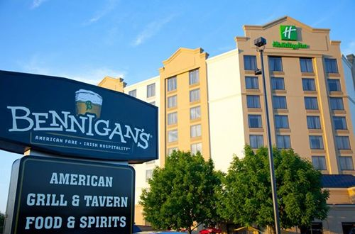 Bennigan's Remodeling Initiative Produces Results