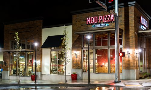 "MOD Pizza ""Spreading Modness"" for Veterans Day"