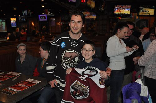 Arooga's and the Hershey Bears Raise $6050 for 'Running for Rachel'