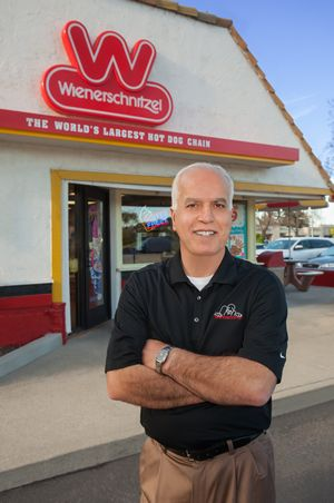 Wienerschnitzel Franchisee Receives National Industry Recognition