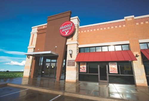 Huddle House Celebrates 50th Anniversary With Strong Growth Spurt