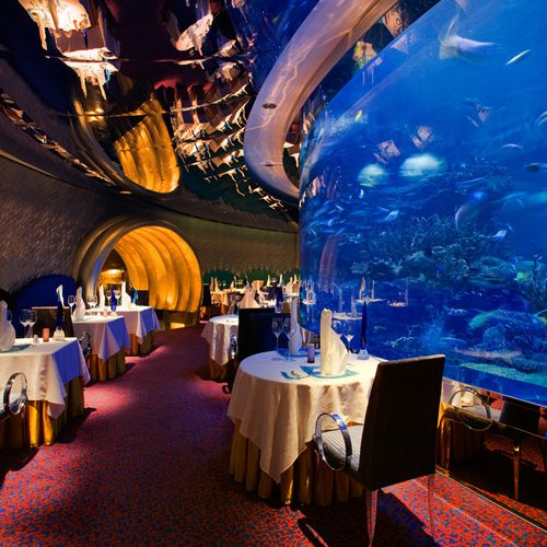 40 Incredible Restaurants You Should Eat at in Your Lifetime