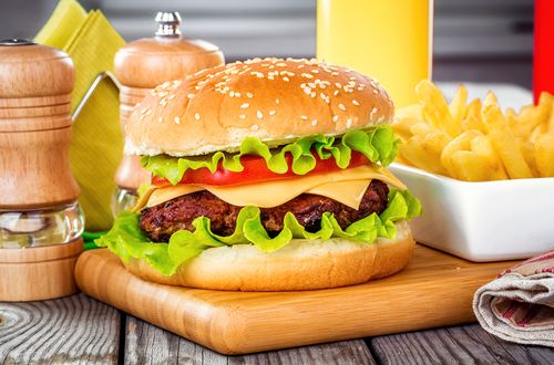 CHD Expert Evaluates the Latest Burger Trends