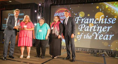 Huddle House Honors Top Franchise Partners At 2015 National Convention