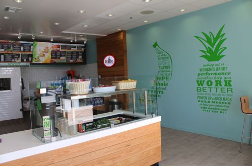 Robeks Grand Re-Opening in Ashburn Celebrates 10 years with an Enhanced Focus on Fresh Juices, Healthy Lifestyle and An Innovative New Store Design