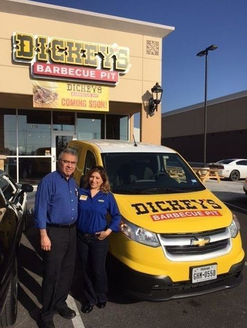 Dickey's Barbecue Pit Opens New Location in Popular San Antonio Shopping Center