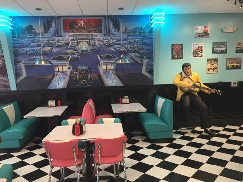 Hwy 55 Burgers, Shakes & Fries Rolls into Tuscaloosa