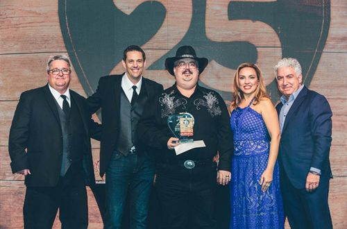 Logan's Roadhouse Crowns General Manager of the Year