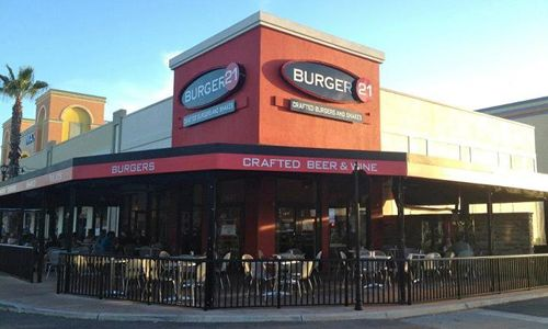 Burger 21 Beefs Up National Presence with First New Mexico Franchise Agreement