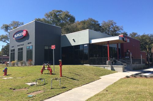 Burger 21 Unveils Its First Restaurant With Full Service Bar In Ocala, Florida