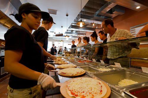 PizzaRev Opens Second Las Vegas Restaurant Today