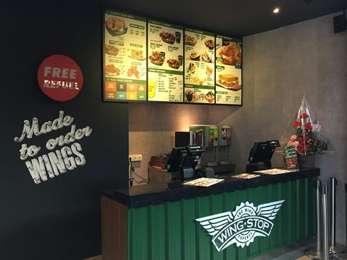 Wingstop Celebrates the Opening of Its 900th Restaurant