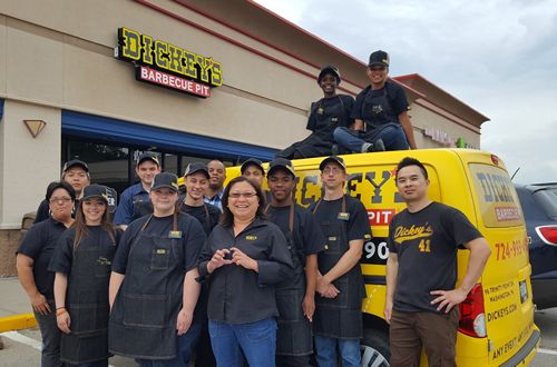 Dickey's Barbecue Pit Celebrates New Store in West Pittsburgh