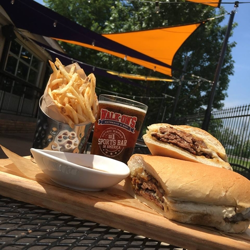 Walk-On's Debuts French Dip Burger