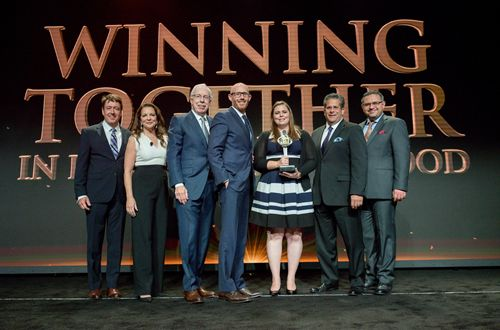 Applebee's Presents Top Honors at 2016 Global Franchise Conference