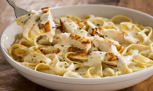 Olive Garden's Never Ending Pasta Bowl Returns With Addition Of Best–Selling Entrée, Chicken Alfredo