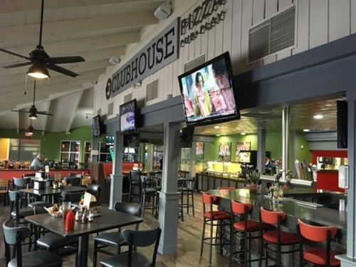 "Round Table's New ""Clubhouse"" Concept Serving Up Sizzling Sales"