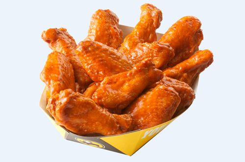 """Buffalo Wild Wings Announces All-Day """"Wings for Heroes"""" Offer on Veterans Day"""