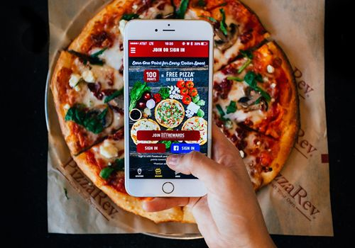 PizzaRev Launches App with Guest Rewards Program and Mobile Ordering
