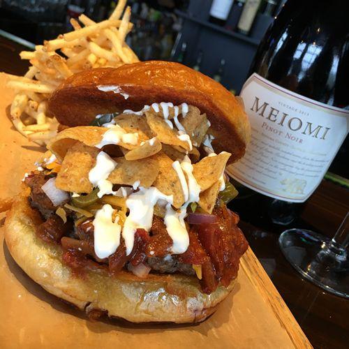 Walk-On's Debuts The Big Buck Burger