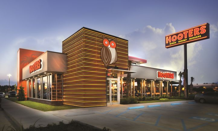 Hooters Expands in Germany with New Location