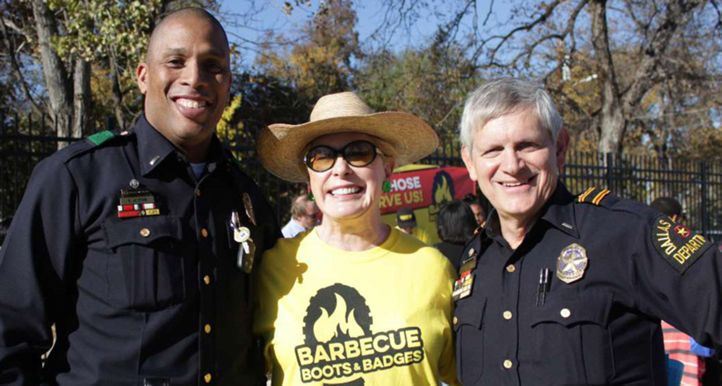 Dickey's Barbecue Pit Offers Special Franchise Deal to First Responders