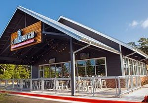 Slim Chickens Celebrates Expansion of Its Life Changing Chicken Concept In Lubbock