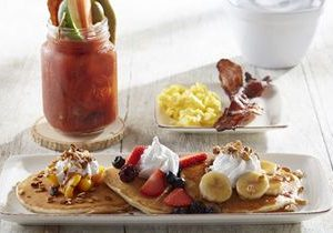 Another Broken Egg Cafe Goes to the Beach