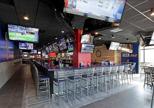 Arooga's Grille House & Sports Bar Celebrates One Year Anniversary in Long Island