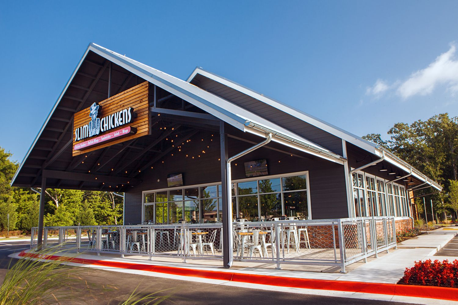 Slim Chickens Builds Presence in Kansas with Second Restaurant in Lawrence