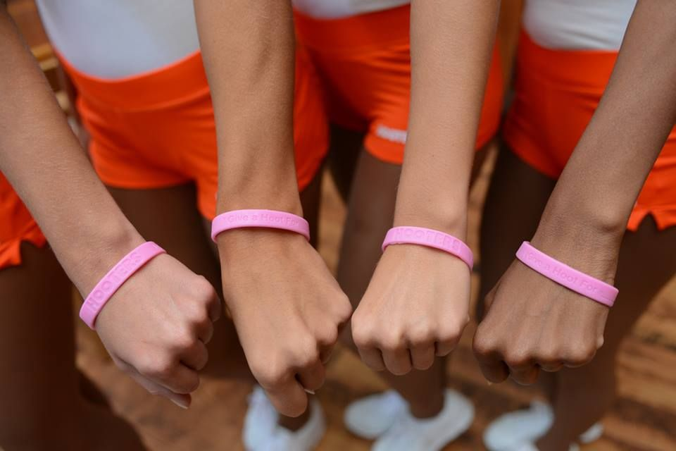 Hooters Calls on Nation to 'Give A Hoot' in the Fight Against Breast Cancer