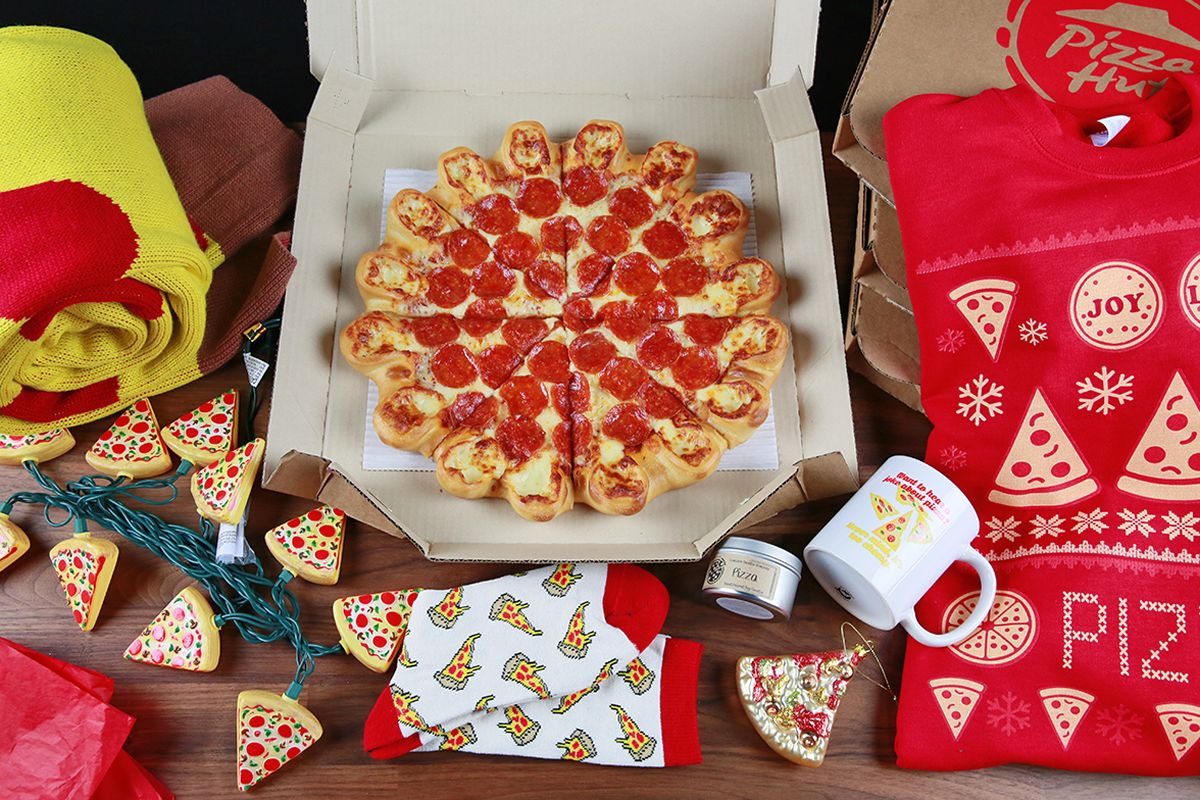 'Tis The Cheese'n: Pizza Hut Launches The Ultimate Cheesy Crust Pizza Because The Holidays Are Better With Cheese