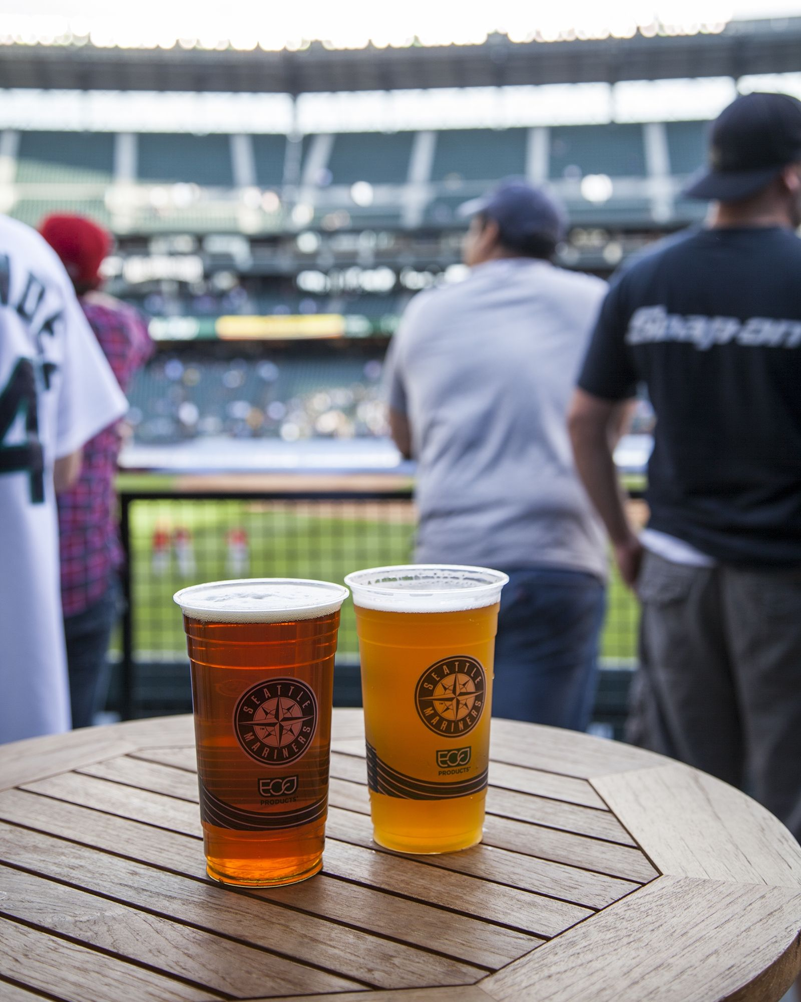 Eco-Products Helps Seattle Mariners Earn Prestigious Green Glove Award
