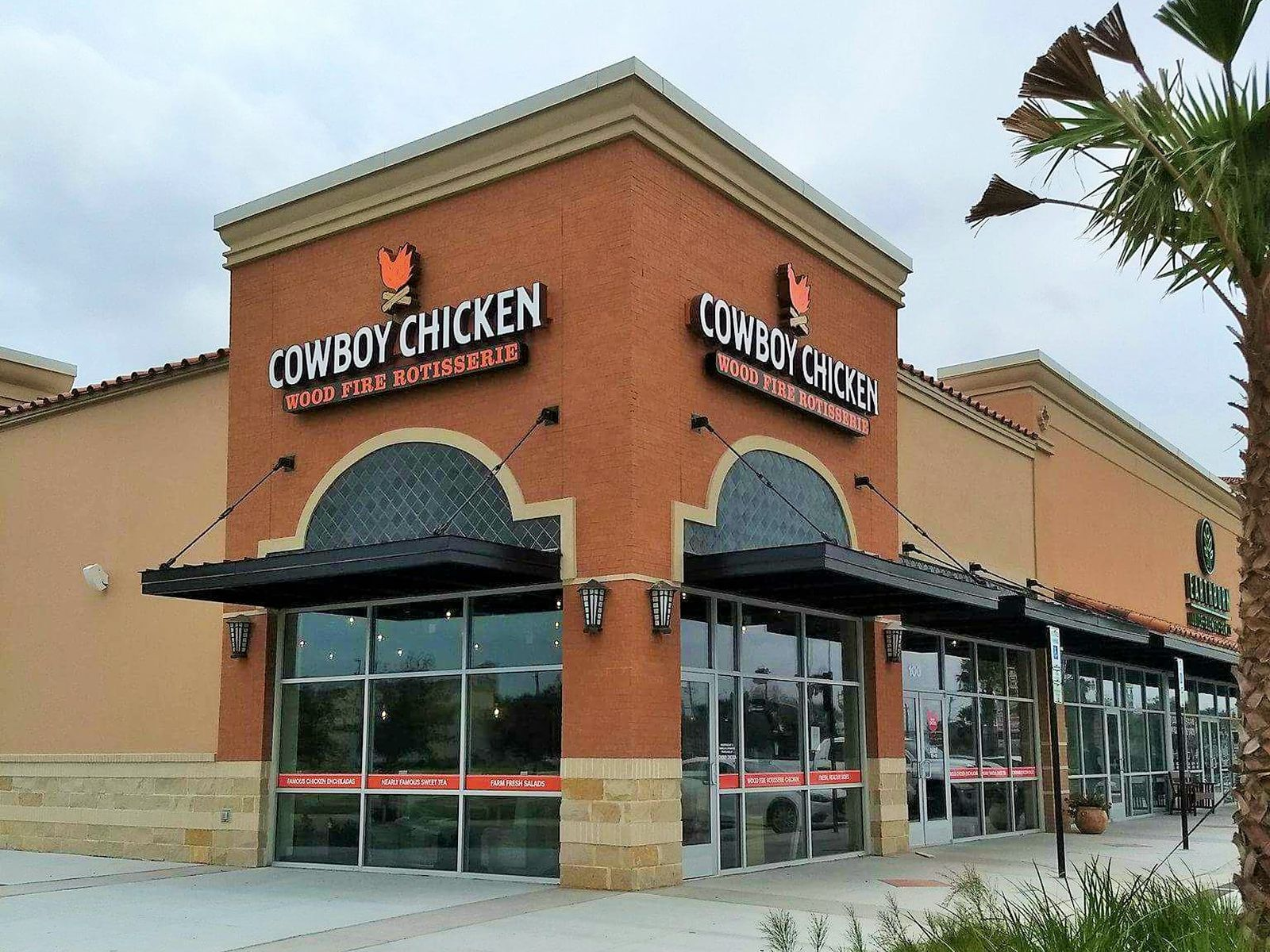 Cowboy Chicken in McAllen's Palms Crossing Shopping Center Hosts Weeklong Grand Opening Celebration March 26-30