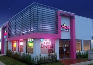 Miami Grill Outperforms Industry Average Comp Sales and Transactions