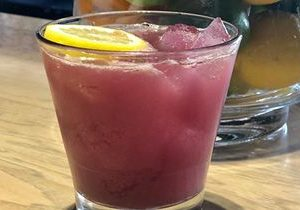 Zinburger Wine & Burger Bar Celebrates Summer Early with New Spiked and Non-Alcoholic Citrus Lemonades