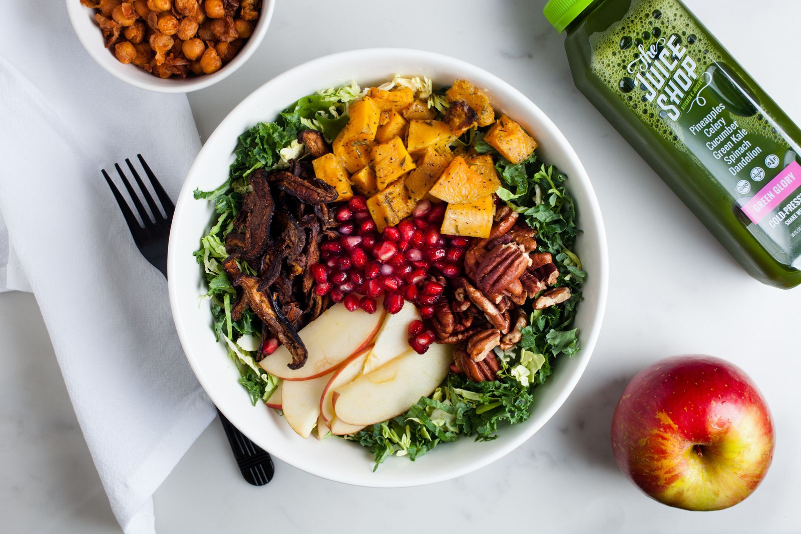 The Juice Shop Kitchen & Juicery, an innovative fast casual concept offering juices, acai bowls, salads, sweet and savory toasts, and more, has recently signed with global franchising company, Fransmart, to expand the New York-based concept into major media markets nationwide.