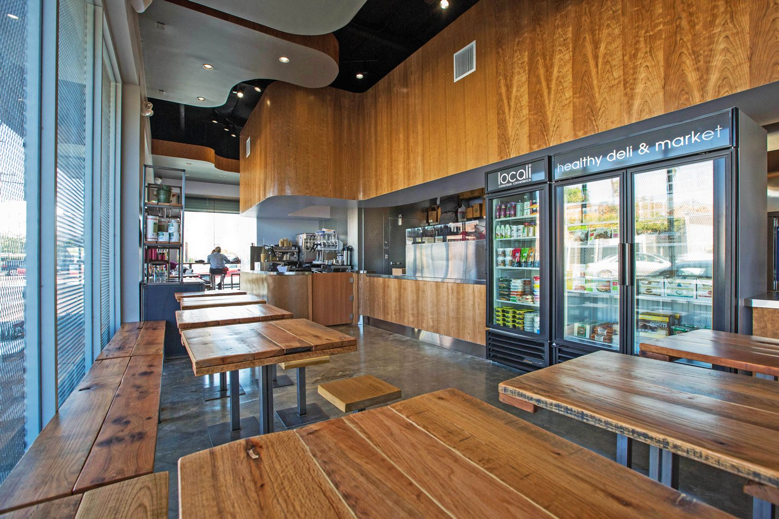 Los Angeles-based 'healthy convenience' concept, Locali, has signed its first East Coast franchise agreement, which will bring multiple units to the greater South Beach/ Miami, Florida area.