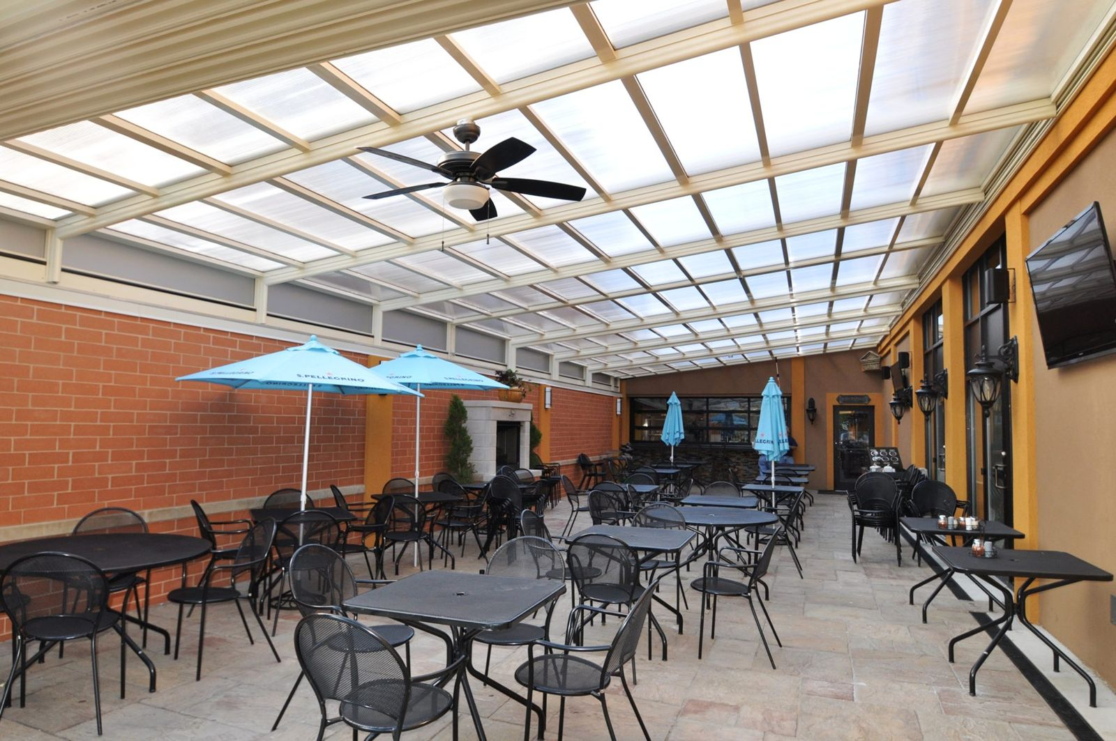 6 Chicago Restaurants Open Year-Round with Retractable Roofs